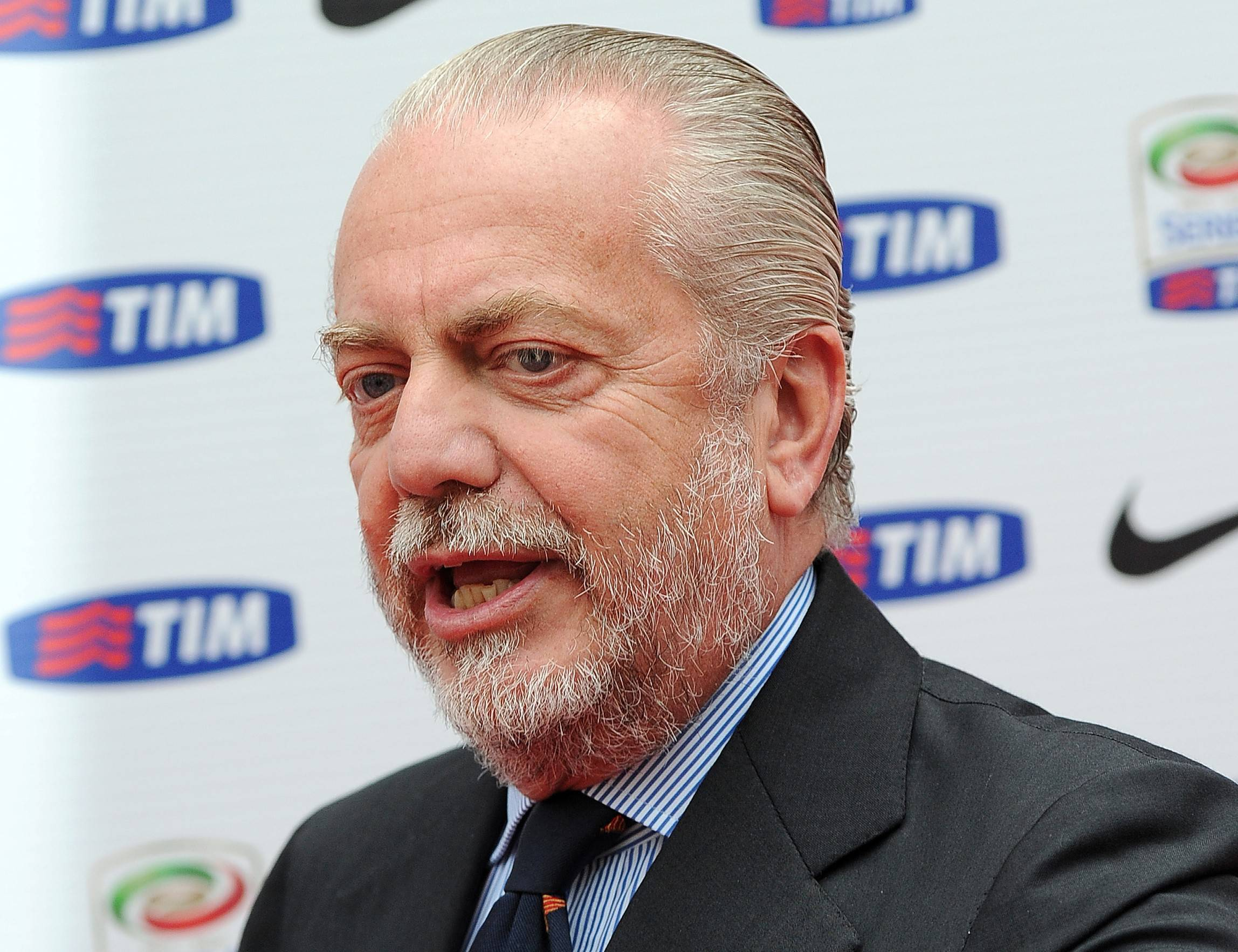 Aurelio De Laurentiis acquistare club estero