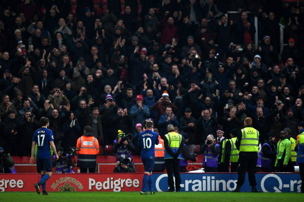 United, l'accoglienza dell'Old Trafford per Wayne Rooney – (VIDEO)