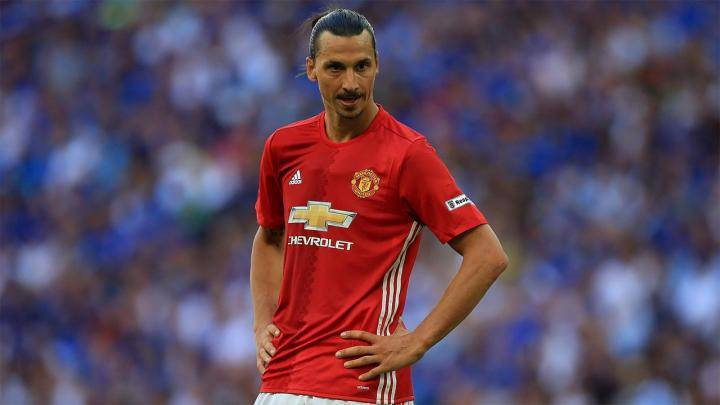 [VIDEO] Ibrahimovic, infortunio choc: l'asso svedese rischia la carriera