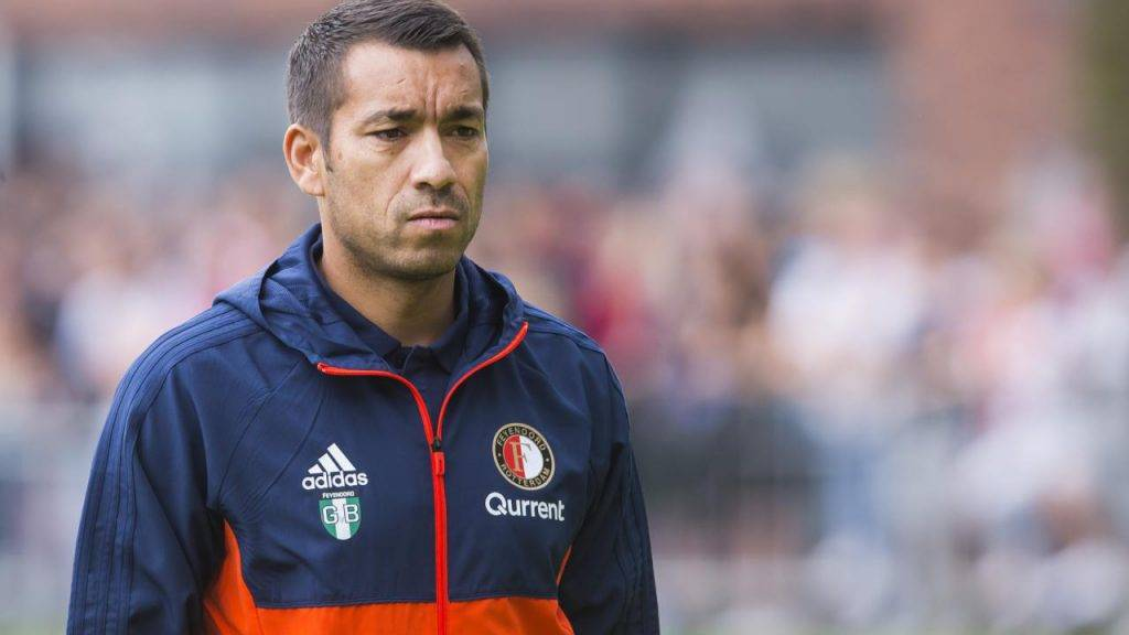 Arsenal, idea Van Bronckhorst per il post Wenger: le ultime