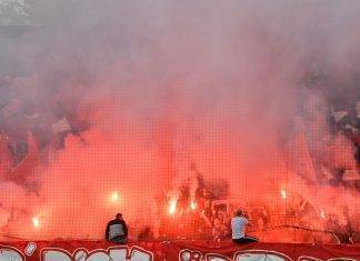 Union Berlin-Freiburg incendio