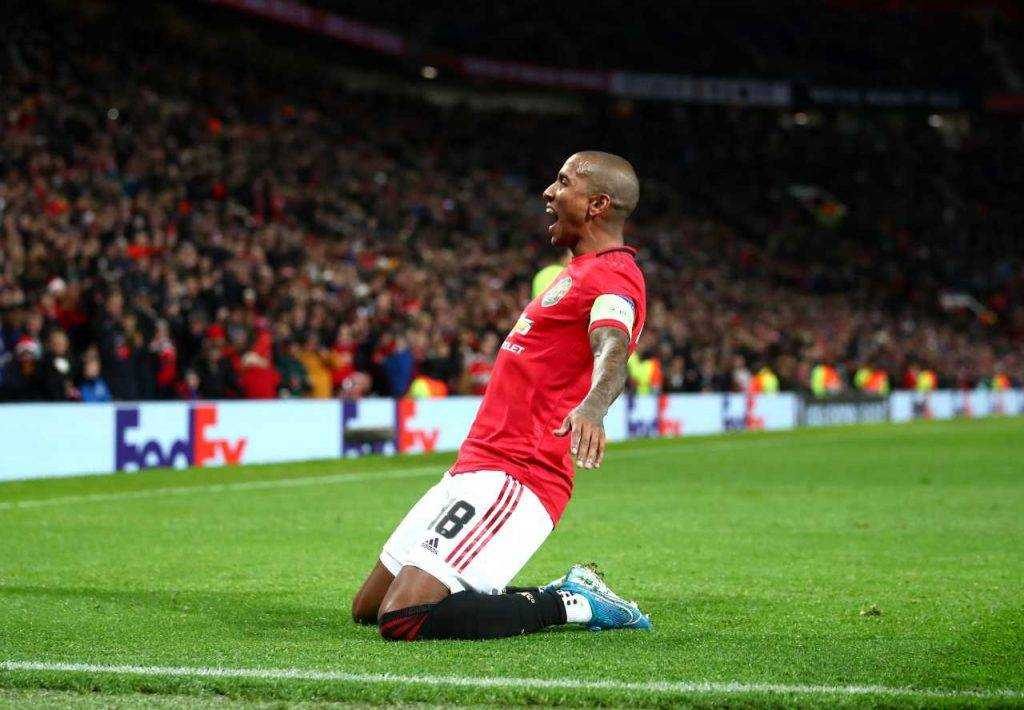 Calciomercato Inter, Ashley Young a prescindere da Spinazzola: le ultime