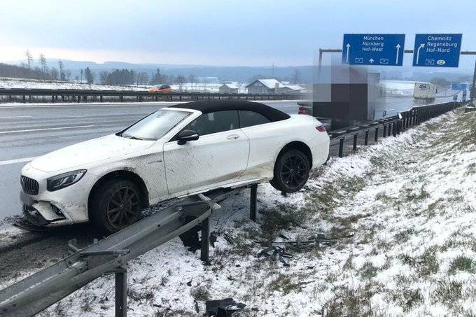 Boateng, incidente stradale spaventoso: auto distrutta – FOTO